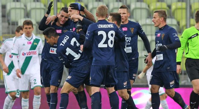 Ekstraklasa: Pogoń z historycznym zwycięstwem!