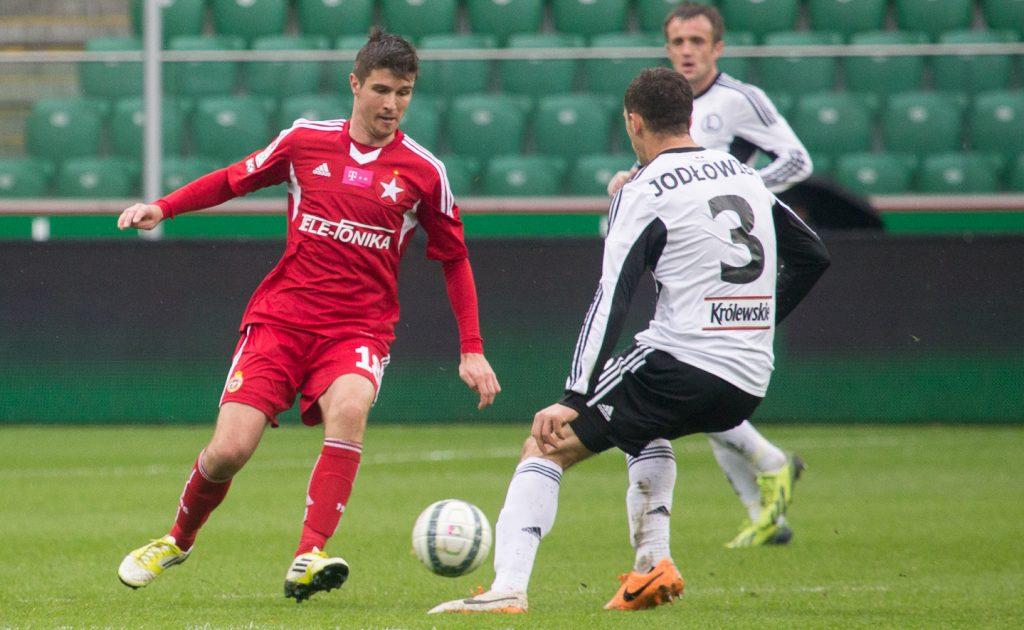 Kaczki transferowe: Kluby ekstraklasy nie śpią w okresie transferowym
