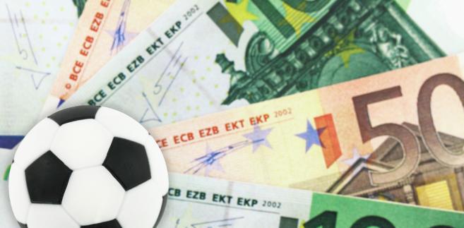 Kto rządzi futbolem? Ranking Forbesa