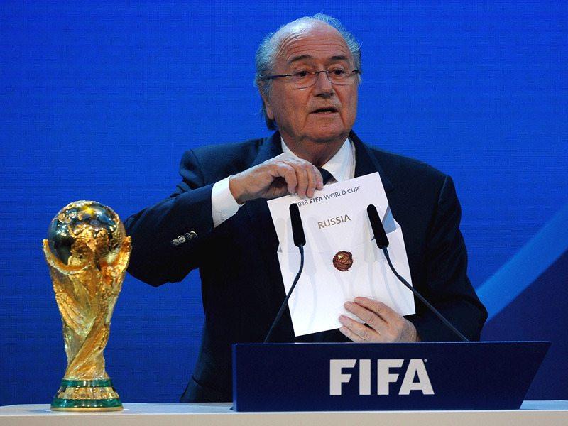 Sepp Blatter i Michel Platini zawieszeni na osiem lat!