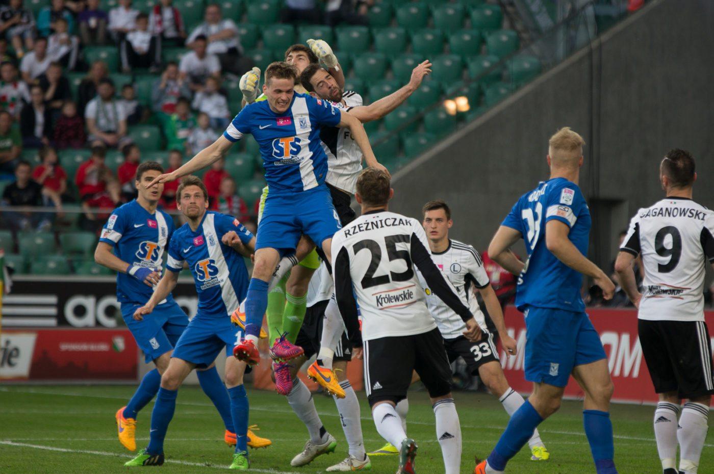 Lech szczęśliwie wygrywa we Florencji!