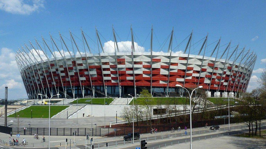 Rozgrywki pucharowe w Polsce i Europie