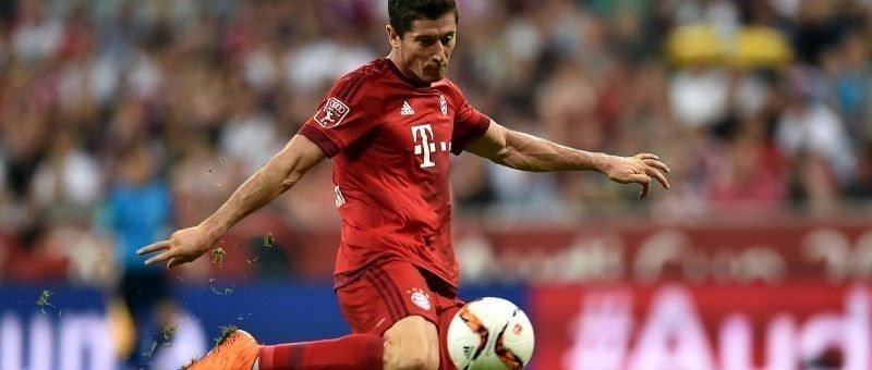 Robert Lewandowski ratuje Bayern, świetne City z Barceloną!