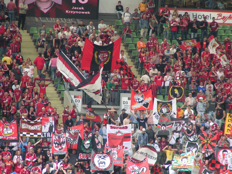 Bayer klub niczym z polskiej ligi