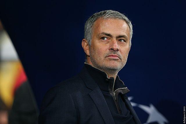Stołek Emery'ego się chwieje. Jose Mourinho na ratunek Arsenalu?