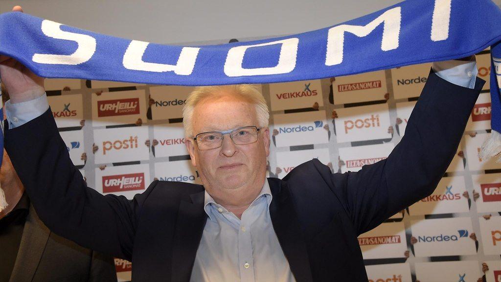 Spod skrzydeł Erikssona do reprezentacji Finlandii. Kim jest Hans Backe?