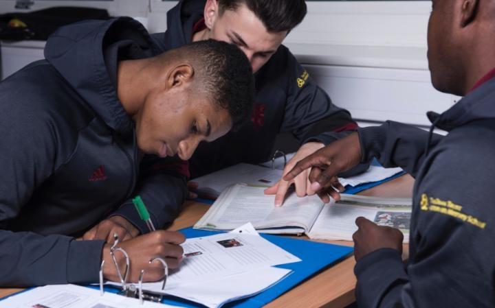 Ligowy Bigos #26: Piłkarze są dzisiaj jak uczniowie. I vice versa…