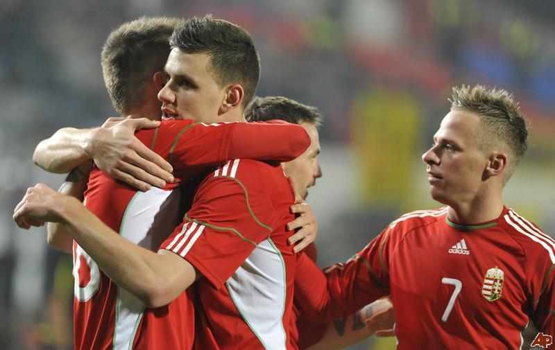 Węgrzy sprawiają sensację! Ekstraklasa w gazie