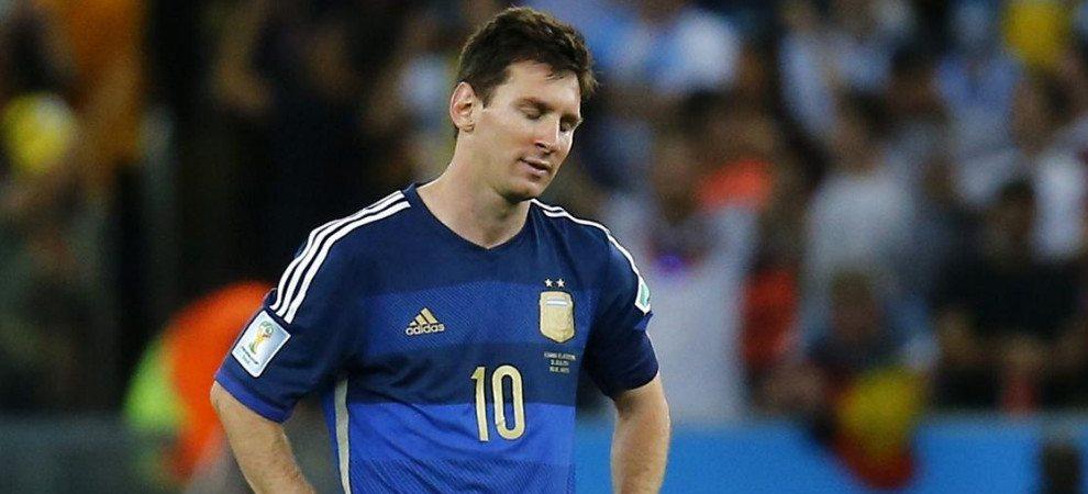"""Argentyna upada po raz trzeci. Czy """"Albicelestes"""" pojadą na mundial?"""