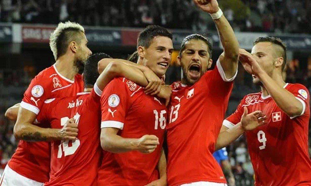Albania vs. Szwajcaria, czyli poziom kiepski, emocji sporo, a komentarz tragiczny