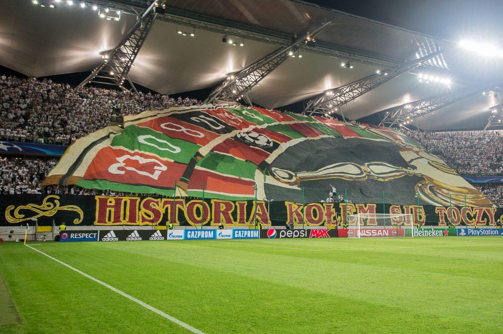 Legia Warszawa na wyboistej drodze do piłkarskiego raju