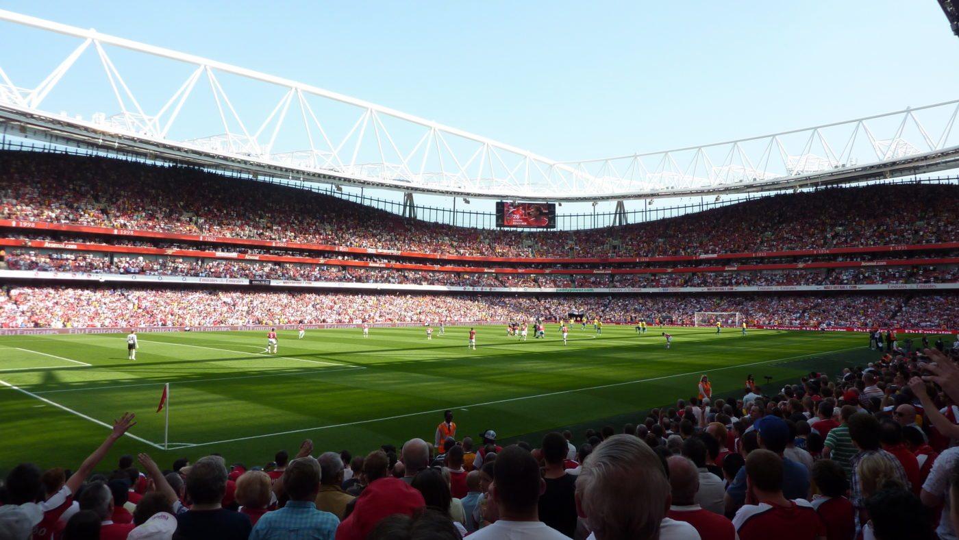 Pożegnanie Wengera z Emirates Stadium. Chelsea w grze o Ligę Mistrzów
