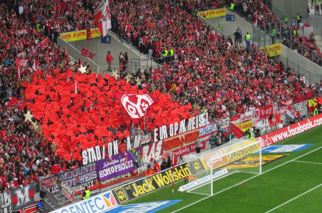 FSV Mainz drży o utrzymanie – czy drużyna uratuje się przed spadkiem?