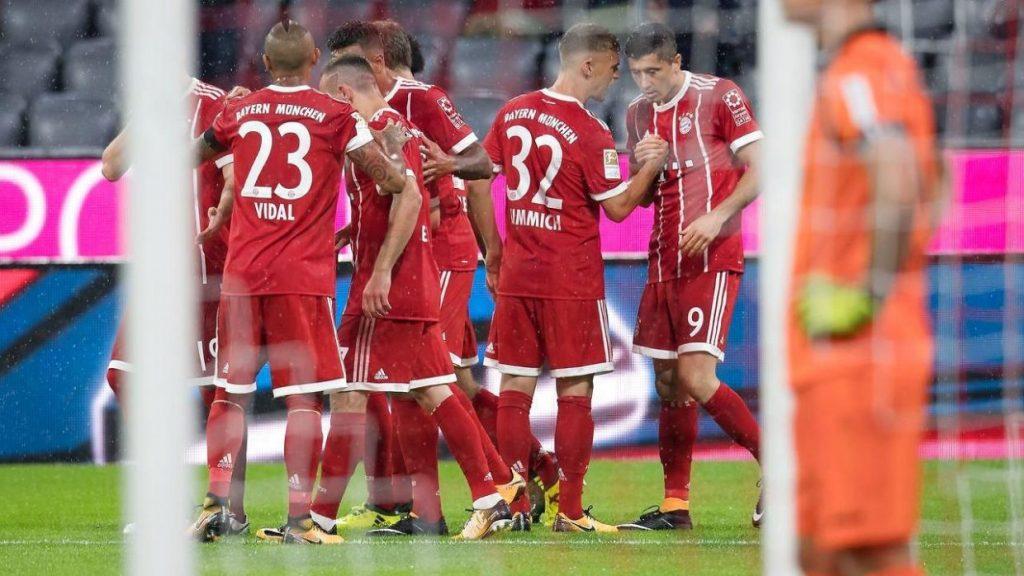 Grzmoty na(d) Allianz Arena. Bayern wygrywa na inaugurację. BVB pokazuje pazur