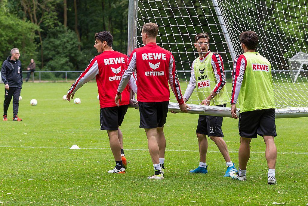 FC Koeln na równi pochyłej