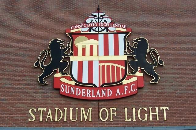 Gasnące światło na Stadium of Light