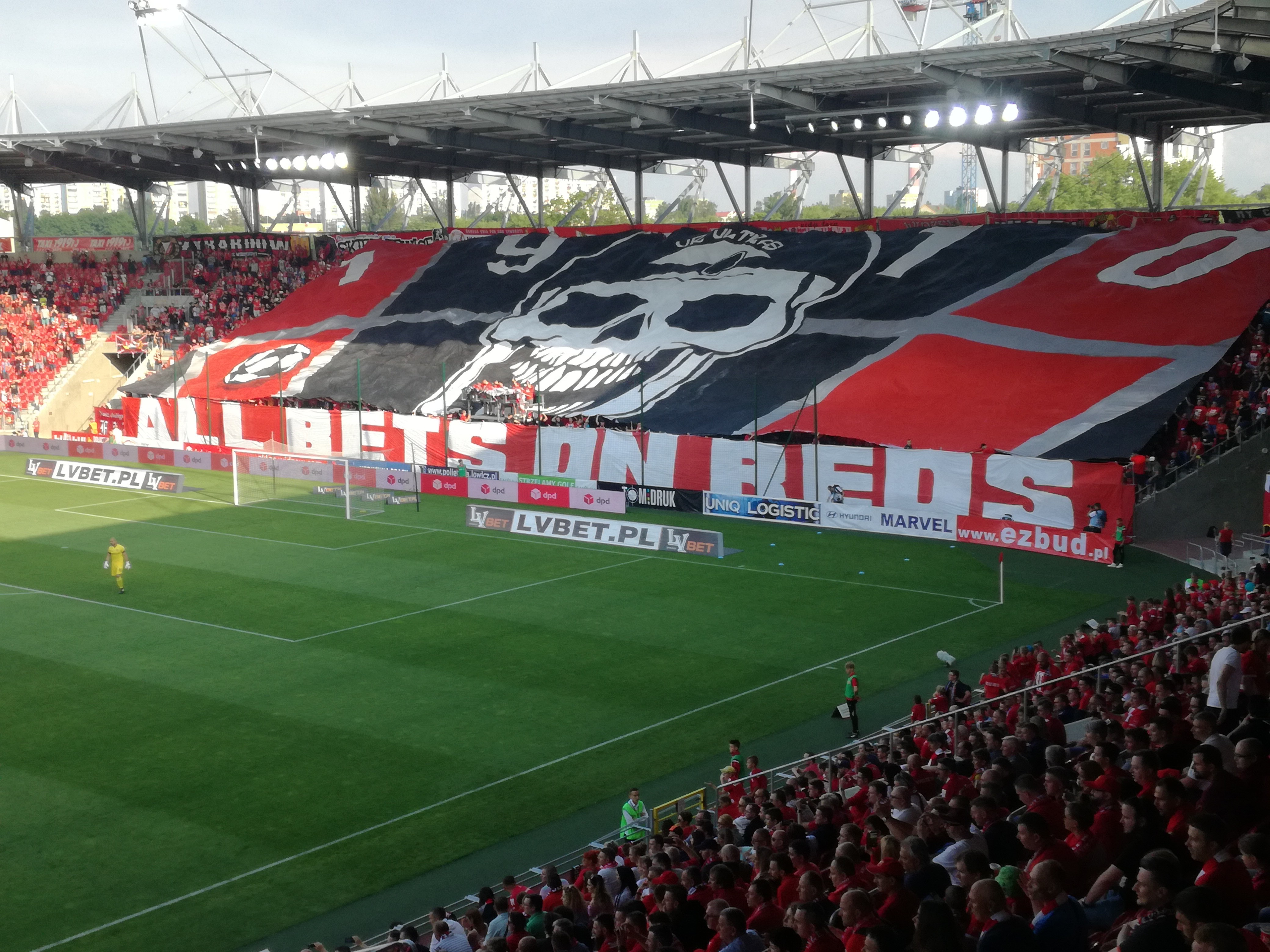 O najlepszych kibicach w Polsce? Genialna atmosfera na meczu III ligi