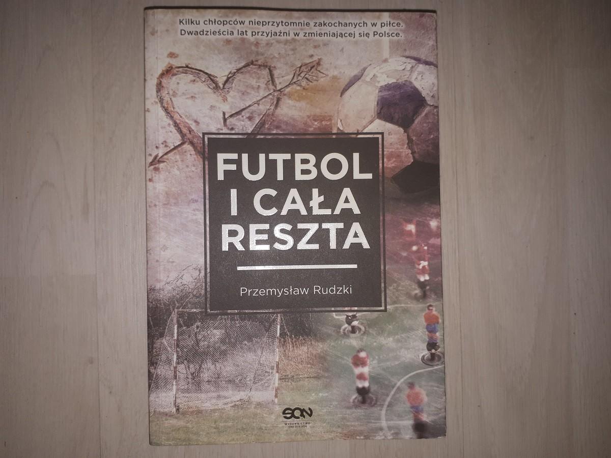 """Biblioteczka iGola #2: """"Futbol i cała reszta"""" – powrót do dzieciństwa"""