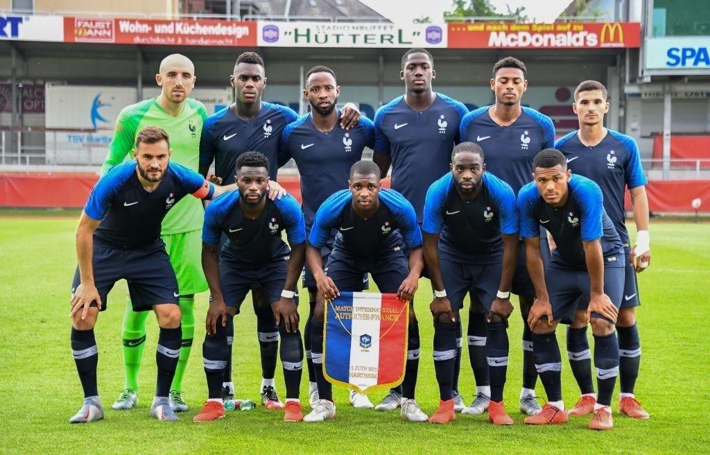 Siła defensywy, chęć powtórzenia sukcesu starszych kolegów oraz ogromna presja – zapowiedź zmagań w grupie C młodzieżowych mistrzostw Europy