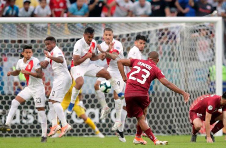 Derby Pacyfiku w półfinale Copa America – Peru staje naprzeciw Chile