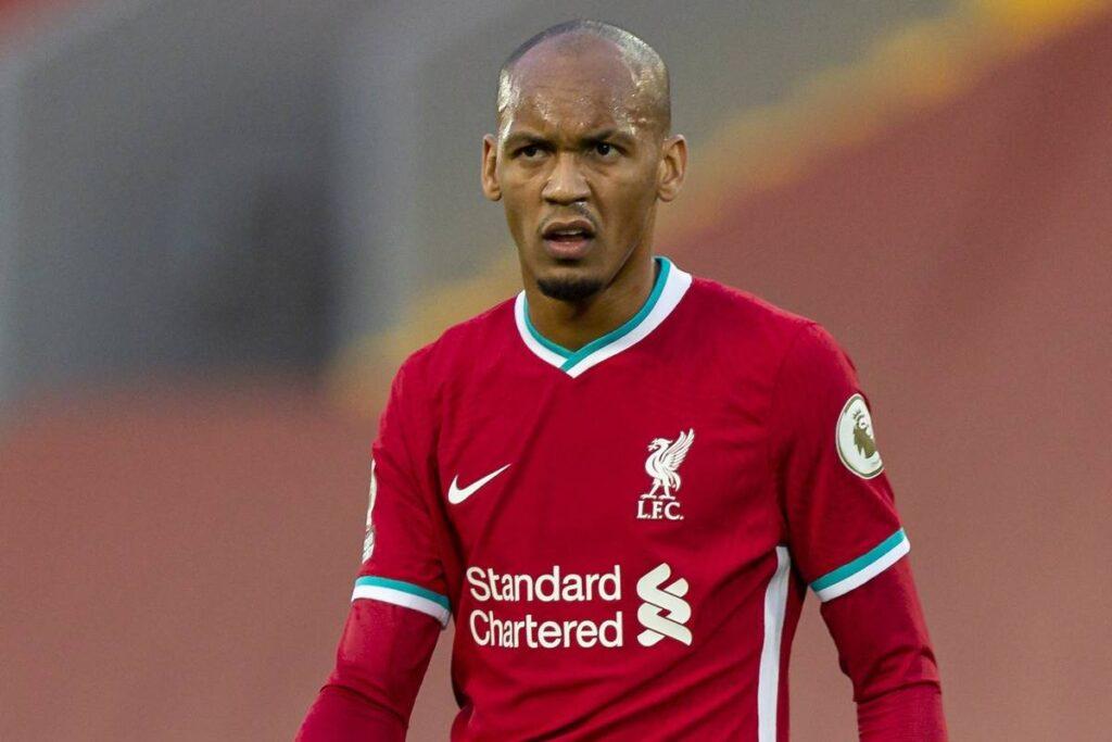 Obrona łatana na szybko. Dlaczego Liverpool powinien ruszyć na zakupy?