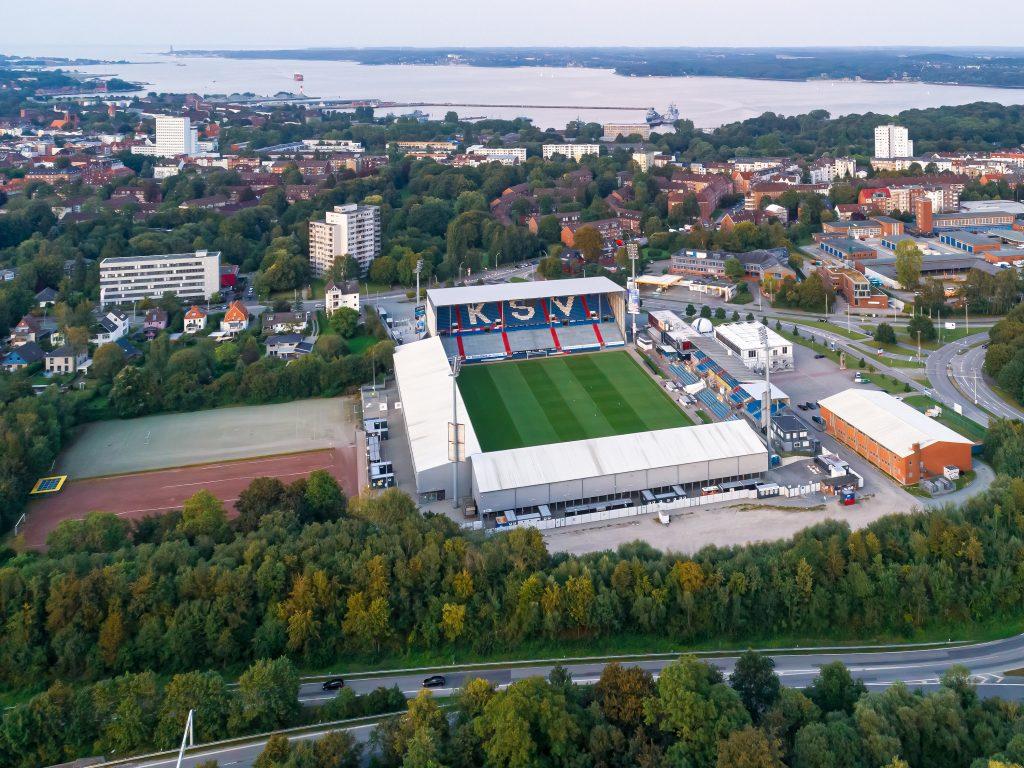 Holstein Kiel zostaje w 2. Bundeslidze, czyli jak nie grać w piłkę nożną