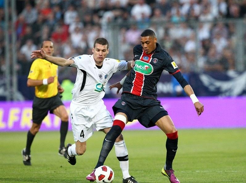 PSG i Montpellier uciekają w L1