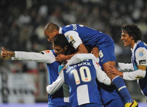 Świetne widowiska w Porto i Funchal