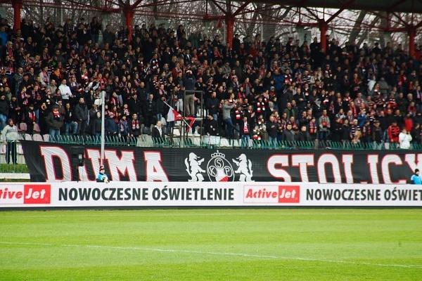 Mistrz Polski w czarnych koszulach. Polonia Warszawa z tytułem w sezonie 1999/2000