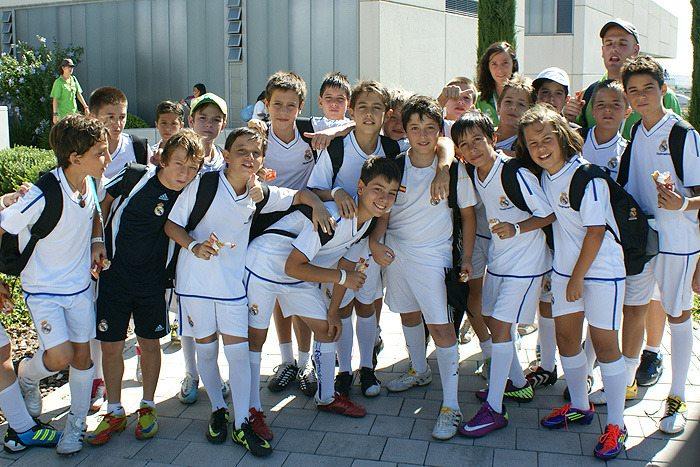 Holendrzy stawiają na rozwój polskich młodzików – Feyenoord będzie szkolił talenty w całej Polsce