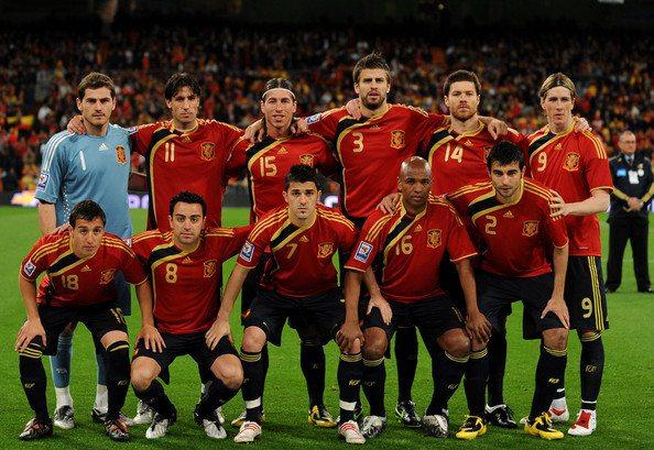 Nikt nie chce pokazać meczu Hiszpanów